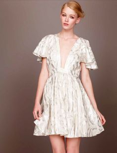 Here's a sneaky peak at some of the lust worthy, wardrobe-wonders arriving soon at favourite online fashion store ASOS. Only Fashion, I Love Fashion, Fashion News, Fashion Outfits, Asos, Going Out Outfits, Pretty Outfits, Short Sleeve Dresses, Dresses With Sleeves