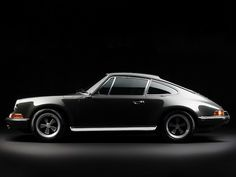 PORSCHE SCENE | Features: Top Story in PORSCHE SCENE 05/2012: Resurrection of a Legend