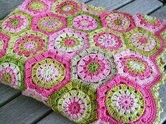 hexagon granny square blanket