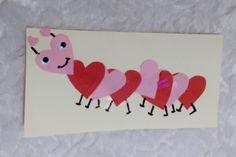 DIY: Valentijnskaarten maken met kinderen - Mamaliefde Popsicle Stick Crafts, Craft Stick Crafts, Preschool Crafts, Diy Crafts For Kids, Paper Crafts, Decorated Gift Bags, Boyfriend Crafts, Valentines Art, Crochet Patterns For Beginners