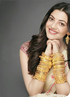 Kajal in Xpensive Magazine Beautiful Bollywood Actress, Most Beautiful Indian Actress, Beautiful Celebrities, Beautiful Actresses, Indian Bride Poses, Kajal Agarwal Saree, Saree Poses, Tamil Actress Photos, Hot Brunette
