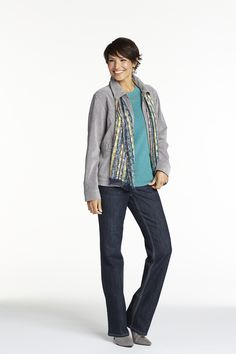 On chilly days, finish your look in the flawless style of this silky corduroy jacket.