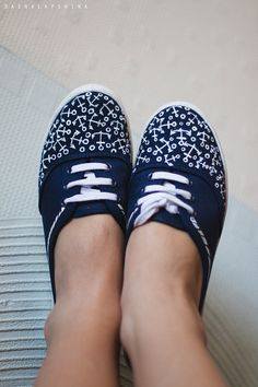 Hand painted Women Canvas Shoes Blue Sneakers by SpringHoliday