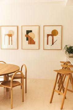 Best living room i colour Interior Architecture, Interior And Exterior, Interior Design, Interior Ideas, Alex Bennett, Canapé Convertible 3 Places, Log Home Interiors, Turbulence Deco, Stone Flooring