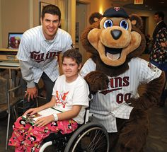 It's always exciting when Minnesota #Twins player Joe Mauer and TC Bear visit Gillette!
