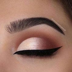 """82.1k Likes, 161 Comments - Morphe Brushes (@morphebrushes) on Instagram: """"This is no ordinary eye look @chelseasmakeup created perfection with the 35R palette. Shop…"""""""