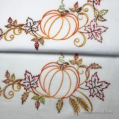 different kinds of hand embroidery stitches Hand Embroidery Design Patterns, Hand Embroidery Flowers, Hand Work Embroidery, Embroidery Sampler, Types Of Embroidery, Hand Embroidery Stitches, Vintage Embroidery, Ribbon Embroidery, Embroidery Thread