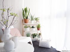sfgirlbybay / bohemian modern style from a san francisco girl / page 16 Ikea Ps, Step Shelves, Plant Shelves, Scandi Living, Plant Ladder, Elle Decor, My Dream Home, Decoration, Interior Inspiration