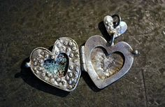 Simple Locket Hinge