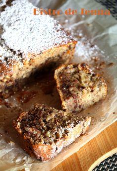 Cake au yaourt, noisettes et chocolat - avec un peu moins de cannelle la prochaine fois pour mieux sentir le goût de la noisette !