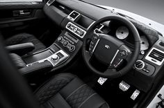 Kahn LE Range Rover Sport 3.0 SDV6 RSE interior black