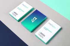 The two-sided business cards with a striking color gradient from blue to turquoise. Business Cards Layout, Letterpress Business Cards, Unique Business Cards, Business Card Design, Creative Business, Brand Identity Design, Corporate Design, Corporate Identity, Best Banner Design