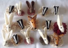 Needle Felted Hare, fox or Badger Brooch Size about 7 to 8 cms Please leave a message with your order to choose the brooch~ hare! fox or badger Needle Felted Animals, Felt Animals, Needle Felting, Wool Felting, Fabric Brooch, Felt Brooch, Wood Badge, Rabbit Sculpture, Lovely Creatures