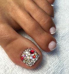 Sommer 30 summer ideas for trendy pedicure - Nail Designs Cute Toe Nails, Hot Nails, Toe Nail Art, Hair And Nails, Pedicure Designs, Toe Nail Designs, Pedicure Ideas, Pretty Pedicures, Pretty Nails