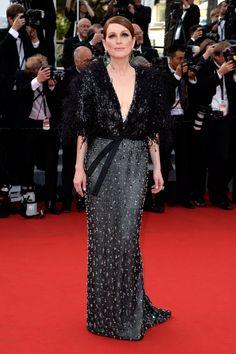 Pin for Later: Seht die Stars in ihren schönsten Roben beim Filmfest in Cannes Julianne Moore in Armani Privé