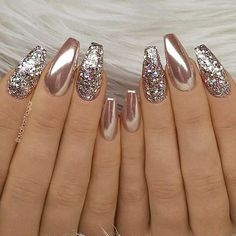 24 Stunning Glitter Nail Art Designs That You Will Love to Try; nail designs designs for short nails step by step best nail stickers nail art sticker stencils full nail stickers Fabulous Nails, Gorgeous Nails, Pretty Nails, Amazing Nails, Perfect Nails, Gold Nail Art, Glitter Nail Art, Chrome Nails Designs, Rose Gold Nails Chrome