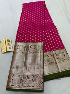 Fabric : Handmade silk ,Pure zari Colour :Magenta Saree Length: Mtrs Blouse : Running blouse Wash Care: Dry Clean only Pattu Sarees Wedding, Wedding Saree Blouse Designs, Half Saree Designs, Pattu Saree Blouse Designs, Bridal Silk Saree, Organza Saree, Kanjivaram Sarees Silk, Indian Silk Sarees, Kanchipuram Saree