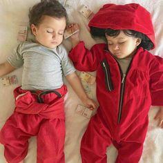 my children in the future Netflix Series, Series Movies, Tv Series, Best Series, Baby Costumes, S Star, Children, Kids, Cute Babies