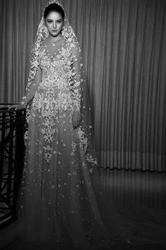 http://www.vogue.com/fashion-shows/bridal-fall-2017/zuhair-murad/slideshow/collection
