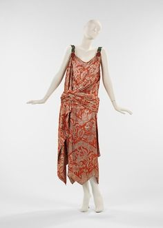 Evening dress, House of Worth  (French, 1858–1956), Designer - Jean-Charles Worth (French, 1881–1962), ca. 1925, French, silk, metal, Brooklyn Museum Costume Collection at The Metropolitan Museum of Art, 2009.300.2116