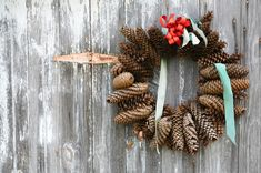 you need not cover the wreath with decoration to make it special