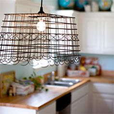 A round-up of 15 pretty awesome DIY lampshades to be inspired by. (via ashleyannphotography.com)