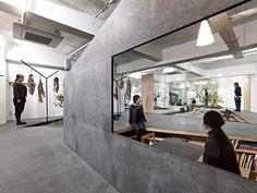 Sisii offices and showroom in Hyogo by YUKO NAGAYAMA