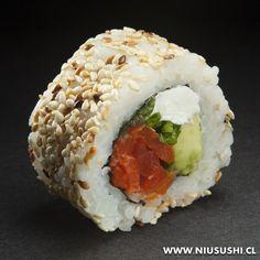 Sushi Vegetariano, Veggie Sushi Rolls, Sushi Co, Sushi Sauce, Japanese Food Sushi, Breakfast Lunch Dinner, Le Chef, Ceviche, Sashimi