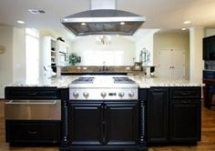 Roosevelt Black #Kitchen Cabinets