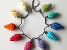 So cute and a great way to use up my leftover yarn scraps.  Must do! How to Crochet Christmas Light Decorations – Tuts+ Tutorials
