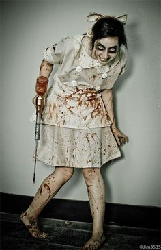 Creative Unique Scary Halloween Costume Ideas For Girls Women 2013 2014 4 Creati