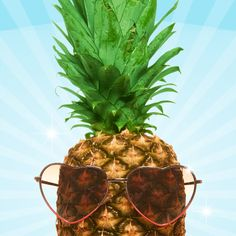 A pineapple with sunglasses. Pineapple Wallpaper, Pineapple Art, Pineapple Express, Pineapple Design, Pineapple Coconut, Pineapple Pictures, Summer Dream, Summer Of Love, Happy Summer