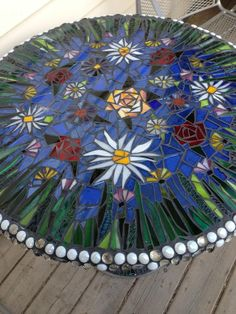 Table is now complete. For grouting instructions see my guide, make a dish with small stones.