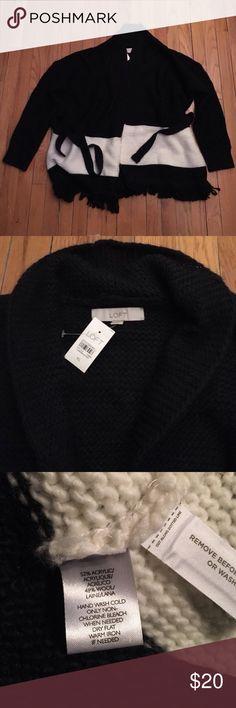 Ann Taylor Loft Cardigan sweater Beautiful chunky knit sweater with tie belt. LOFT Sweaters Cardigans