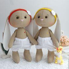 Купить Зайки для сестренок. - желтый, красный, белый, зайка, зайчик, зайка девочка, зайка тильда