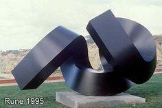 Clement Meadmore - Sculptor - Modern Sculpture - Bronze Sculptures - Artists Home Page