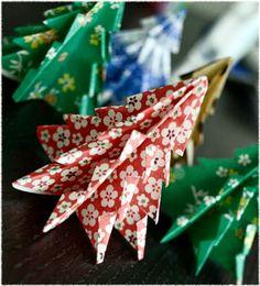 Oh So Ihana!: Joulukoristeita paperista: joulukuusi