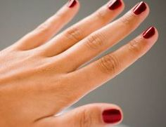 How to Take Off Gel Manicure at Home