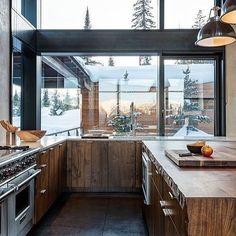 """657 tykkäystä, 3 kommenttia - @architecture_of_tomorrow Instagramissa: """"Beautiful kitchen design! What are some your thoughts? #architecture #architectureporn…"""""""