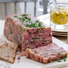 This ham hock terrine recipe is a great starter or buffet item for a large gathering as it can be made in advance. (cooking a ham christmas dinners) Ham Recipes, Cooking Recipes, Terrine Recipes, Free Recipes, Amish Recipes, Dutch Recipes, Ham Hock Terrine, Head Cheese, Simple Green Salad