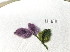 프랑스자수 : 꽃 스티치 - 로즈리프 스티치 Flower Stitch - Rose Leaf Stitch - YouTube Rose Leaves, Embroidery Stitches, Diy And Crafts, Quilts, Flowers, Handmade, Embroidery For Beginners, Felt Ornaments, Tutorials
