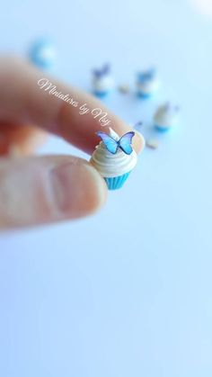 Miniature polymer clay butterfly cupcake per price Polymer Project, Butterfly Cupcakes, Mini Stuff, Clay Food, Etsy Business, Mini Foods, Miniture Things, Miniature Food, Cake Art