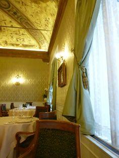 """Pranzo , Ristorante di """"Grand Hotel Majestic Gia Baglioni"""", Bologna Italia (Marzo)"""