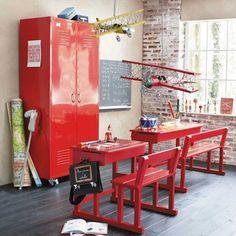 fun red desks