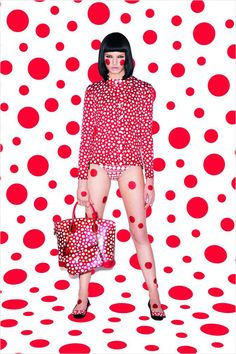 Louis Vuitton and Yayoi Kusama Collaboration. OMG, I may have to buy a LV bag - never thought I'd say that.