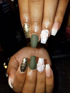 Gorgeous nails 3D Flowers, green, gold glitter, pink & white set.