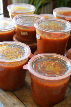 by lejardindeclaire,recettes de cusine,miam,coulis de tomates,conserves