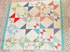 Free pattern by Erica from Kitchen Table Quilting on  Moda Bake Shop: Hourglass Star Quilt    @ModaFabrics