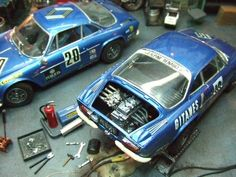 Renault shop by Wilco Machiels Diorama, Automobile, Miniature Cars, Abandoned Cars, Rally Car, Garages, Courses, Model Trains, Le Mans