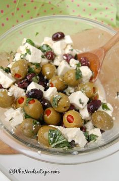 Feta Olive Salad is a great side dish. It's easy to make and you will love it at any BBQ, Picnic or just a great dinner night! You need to try this, delish! Side Dishes For Bbq, Low Carb Side Dishes, Olive Recipes, Greek Recipes, Italian Recipes, Appetizer Recipes, Salad Recipes, Appetizers, Marinated Olives